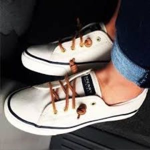 Sperry Cream Canvas Topsider Size 6.5